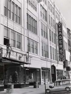 Yeager's Department Store- Akron, Ohio