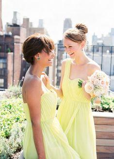 Colores De Vestidos Para Damas De Honor.  El color del vestido de la novia es uno de los detalles principales para la decoración de una boda. Pero no por ello se tiene que dejar de lado los colores de vestidos para damas de honor, ya que ... Ver más aquí: https://imagenesdevestidosdenovia.com/colores-de-vestidos-para-damas-de-honor/