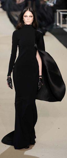? St�phane Rolland Black Dress #2dayslook #sasssjane #BlackDress www.2dayslook.com