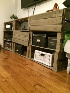 meuble tv avec des caisses en bois pomme d co room pinterest upcycling tvs and diy. Black Bedroom Furniture Sets. Home Design Ideas