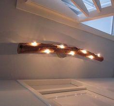 De handgemaakte boomstamlamp  van Inspired By Wood is een echte eyecatcher in ieder interieur!