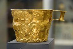 Coppa aurea da Vafio, valle di Sparta, Peloponneso (ca.1500 a.C.)