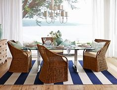 CHIC COASTAL LIVING: Beach Chic, Love this rug and look