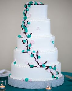 WeddingChannel Galleries: White Cake with Vine Design