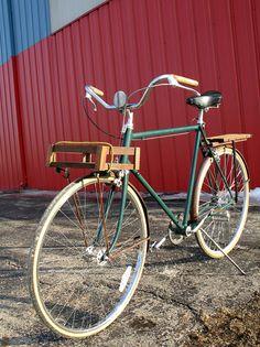 rode the grocery bike to work (by kafkaesq) Girls Mac, Urban Bike, Cool Bike Accessories, Bike Style, Classic Bikes, Vintage Bicycles, Cool Bikes, Old Things, Macs