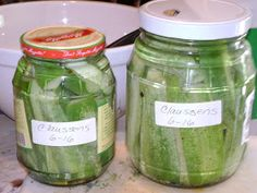 Thyme Square Gardens: Canning Crispy Deli Style Claussen Pickles