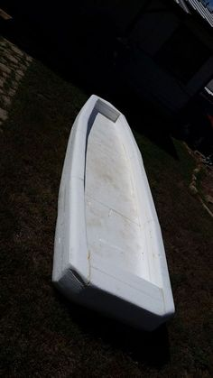 Do you really want a kayak? Want one so bad you can taste it, but can't afford one, or think you don't have the skills to build one? Then I have a few questions for. Make A Boat, Build Your Own Boat, Wooden Boat Building, Boat Building Plans, Kayaks, Shallow Water Boats, Tiny Boat, Flat Bottom Boats, Free Boat Plans