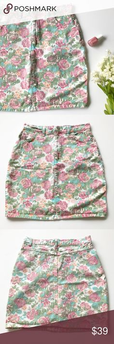 """Vintage Floral Denim Skirt Muted multicolored floral print • pencil skirt style • zip up closure • pockets • tag says 9 (vintage sizing) • approx. measurements when laying flat: waist 14"""", hips 19"""", length 18"""" • all reasonable offers accepted! Skirts"""