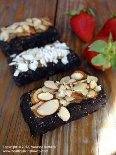 Vegan Protein Breakfast Brownie that is dairy-free, egg-free, sugar-free, gluten-free, low-carb and requires no-baking. They are deliciously filling and pair well with a hot cup of coffee and are far far healthier than any protein bar you could buy. Dairy Free Protein Bars, No Bake Protein Bars, Vegan Protein Bars, Protein Bar Recipes, Protein Brownies, Low Carb Recipes, Vegetarian Protein, Vegan Brownie, High Protein