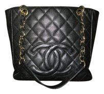 Chanel Classic Tote in Black