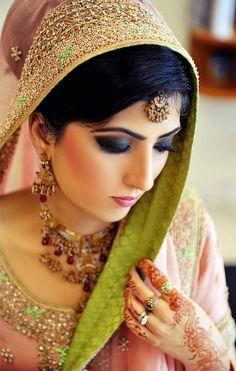 Dulhan Bride Indian Pakistani Desi Wedding ---   XYRA PHOTOGRAPHY https://www.facebook.com/Xyra.Photography