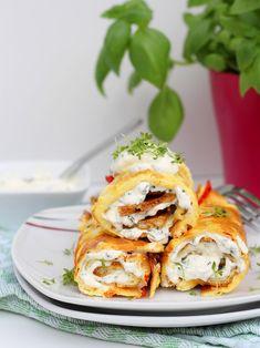 Ofenpfannkuchen mit Feta und Gemüse Arbeitszeit: ca. 15 Min. / Koch-/Backzeit: ca. 15-20 Min. / Schwierigkeitsgrad: normal Warum immer Pfannkuchen süß essen? Diese herzhaften Ofenpfannkuchen mit Feta und Gemüse schmecken mindestens genauso gut! :-) Das Beste daran ist, dass ihr den Ofenpfannkuchen nicht in der Pfanne zubereiten müsst, sondern im