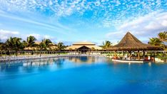 Os melhores hotéis do Ceará para viajar em família com desconto! : ᐅ Mil dicas de mãe Blue Tree Park Lins, Iberostar Bahia, Resorts, Resort All Inclusive, Surf, Custo, Mansions, House Styles, Home Decor
