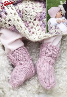 Baby socks with matching hat in our brand new Llama Silk.
