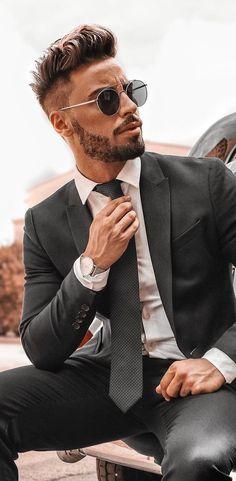 Beard Styles For Men, Hair And Beard Styles, Hair Styles, Mens Fashion Blog, Fashion Trends, Men's Fashion, Beard Fashion, Fashion Hacks, French Fashion