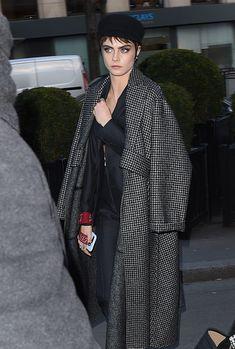 2018 > 27/02 - Cara Delevingne comparece ao desfile da Dior em Paris