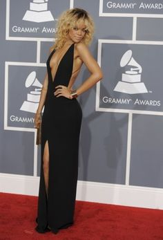 2012 Grammys-Rihanna's dress- I LOVE IT!