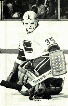 Dan Brady, Vancouver Canucks.