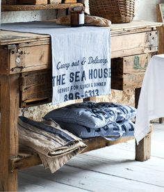 Having old wood and the sea in house - so enjoyable to look at!