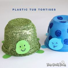 Create sparkly tortises using a few simple craft materials plus a recycled plastic fruit tub Craft Activities For Toddlers, Animal Crafts For Kids, Preschool Crafts, Diy Crafts For Kids, Easy Crafts, Arts And Crafts, Plastic Cup Crafts, Plastic Art, Diy Niños Manualidades