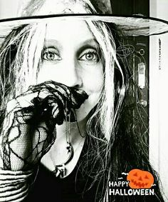 Heather Ineson// Halloween Season.