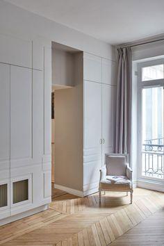 〚 The French charm in the interios by GCG Architectes 〛 ◾ Photos ◾Ideas◾ Design Home Interior Design, Interior Architecture, Parisian Apartment, Closet Designs, Dream Decor, Inspired Homes, Beautiful Interiors, Home Bedroom, Built Ins