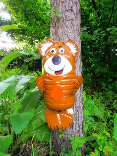 Bear Diy Projects To Try, Tigger, Christmas Ornaments, Holiday Decor, Disney Characters, Countryside, Plastic, Bear, Design