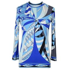 For Sale on - This silk jersey top features a classic Pucci geometric print in different shades of blue, white, gray and black. The top shows a round neck, long narrow Blouse Vintage, Vintage Tops, Retro Fashion, Vintage Fashion, Victoria Secret Fashion, Victoria Dress, Emilio Pucci, Blue Tops, Long Sleeve Tops