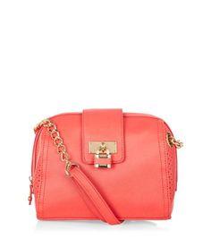 Coral Padlock Chain Shoulder Bag