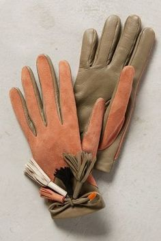Hoss Intropia Lleida Tasseled Gloves #anthrofave