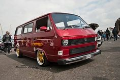 VW T25 Lowered Slammed VW campervan split screen bay window beetle volkswagen T3