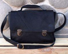 Черный портфель из натуральной кожи