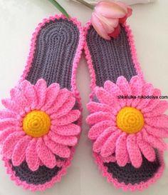Crochet Shoes Pattern, Knit Headband Pattern, Crochet Boots, Knitted Headband, Crochet Poncho, Crochet Slippers, Crochet Clothes, Crochet Flip Flops, Knitting Patterns