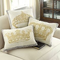 Complete tutorial on how to make your own King & Queen Throw Pillows Online Furniture, Home Furniture, Dream Furniture, Crown Decor, Regal Design, Ballard Designs, My Dream Home, Home Furnishings, Bedroom Decor