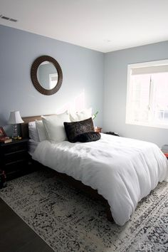 How to Make No Sew Black-Out Curtains   The DIY Playbook Black Curtain Rods, Black Curtains, Hanging Curtains, Bedroom Nook, Gray Bedroom, Large Bedroom, Inexpensive Curtains, Extra Long Curtains, Rug Over Carpet