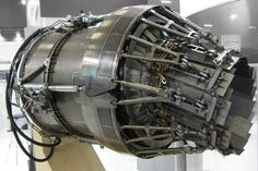 Nozzle_of_EJ200_afterburning_turbofan_(5).jpg (3075×2058)