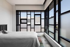 Gallery Of Urban House By Robeson Architects Local Australian Design And Interiors Shelton Park, Wa Image 20 Australian Architecture, Australian Homes, Residential Architect, Interior Design Services, Service Design, Minimalism, Home Goods, Cool Designs, New Homes