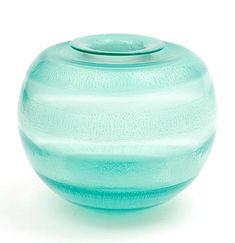 """Botterweg Auctions Amsterdam > Meerblauw glazen """" Serica """" vaas no.35 met tincraquelé, ontwerp A.D.Copier 1931, uitvoering Glasfabriek Leerdam"""