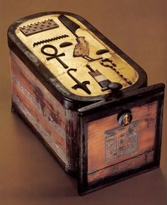 One of the most outstanding is the cartouche-shaped chest or box in Tut's tomb.