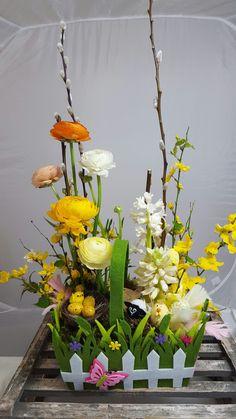 Easter basket of flowers