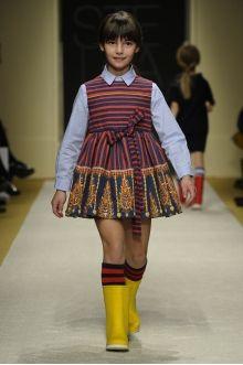 momolo.com red social  de #modainfantil  ➡️ #momolo  ⬅️ #kids #kidswear#streetstyle #streetstylekids #fashionkids #kidsfashion#niños #moda #fashion  momolo, street style kids, fashion kids, Stella Jean