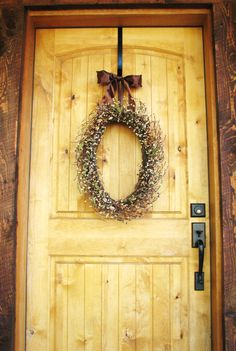 oval scented wreath... **Unfortunately, the etsy link is no longer available!** The wreath looks phenomenal on this pretty primitive door!! ♥♡