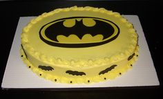 Homemade Batman Cake Ideas That Look Great - Novelty Birthday Cakes Lego Batman Birthday Cake, Lego Batman Cakes, Lego Batman Party, Batman Grooms Cake, Superhero, Birthday Cake Pictures, Birthday Ideas, 4th Birthday, Cake Birthday