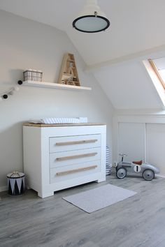 "Love the Timber ""A"" very cute for kids rooms  http://i2.wp.com/decor8blog.com/wp-content/uploads/2014/01/marder18.jpg"