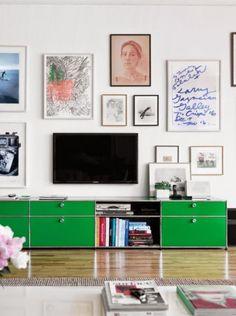 TV ophangen met schilderijen