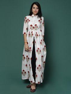 Off White Red Floral Mandarin Cotton Cape Ethnic Fashion, Hijab Fashion, Indian Fashion, Boho Fashion, Fashion Dresses, Fashion Design, Kurti Designs Party Wear, Kurta Designs, Blouse Designs
