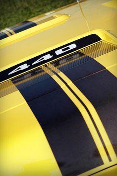 Yellow 440