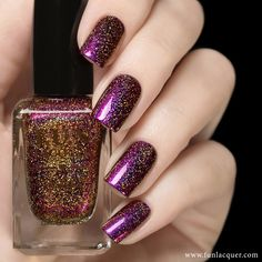Gel Nail Designs You Should Try Out – Your Beautiful Nails Holo Nail Polish, Gel Nails, Nail Polishes, Cute Nails, Pretty Nails, Fun Lacquer, Nail Treatment, Cute Nail Designs, Creative Nails