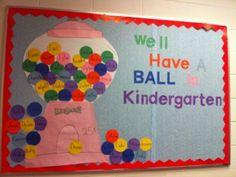 Welcome Back Kindergarten Bulletin Board...would work do preschool classrooms also:)
