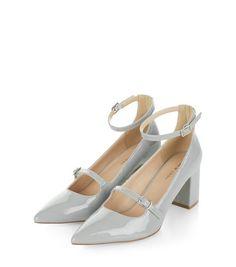 Chaussures pointues grises vernies à talons et brides de cheville | New Look